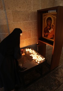Israel Nun Lighting Candles