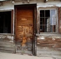 Santa Fe Drive Images 5-18-13 Hourse Door